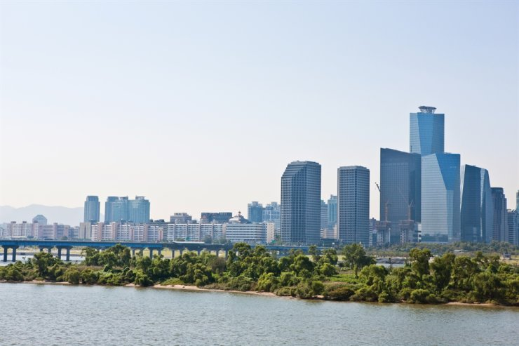 The financial center on Yeouido, Seoul / gettyimagesbank