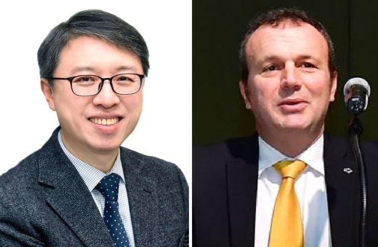 Samsung Card CEO Kim Dae-hwan, left, and Renault Samsung Motors CEO Dominique Signora / Korea Times file