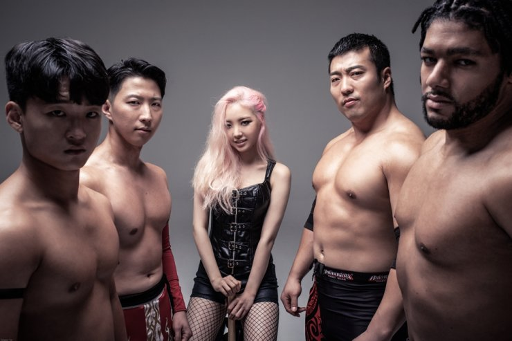 From left: JD Lee, Shiho, Ariel, Gustab and Duncan Solaire / Courtesy of Yoo Dong-woo @baragi71