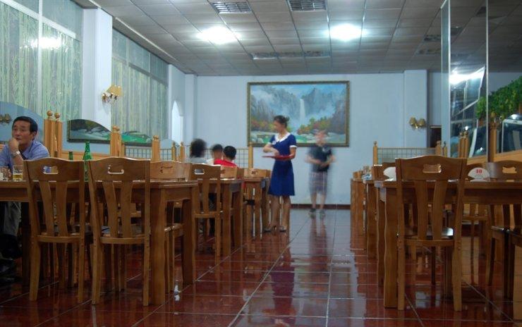 The interior of Pyongyang's pizzeria / Courtesy of Jon Dunbar