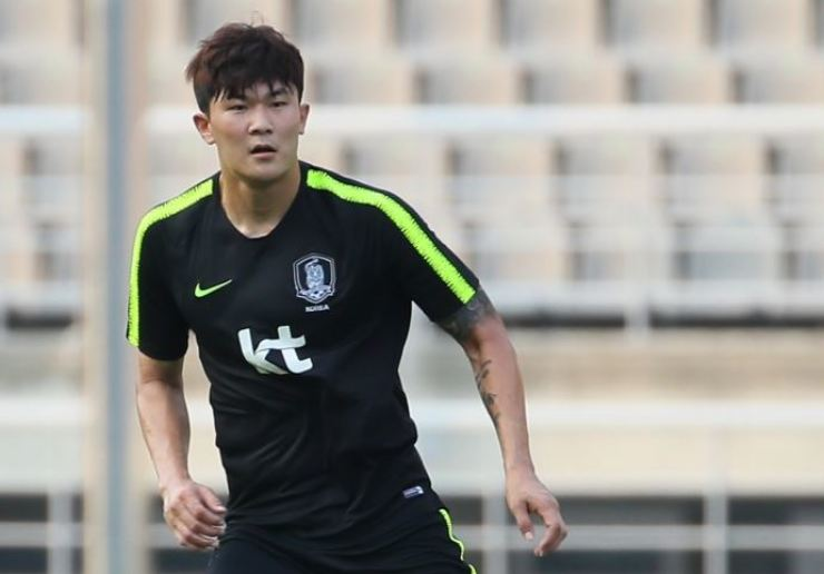 South Korean international defender Kim Min-jae trains at the Paju National Football Center in Gyeonggi Province, Nov. 27, 2018. / Yonhap