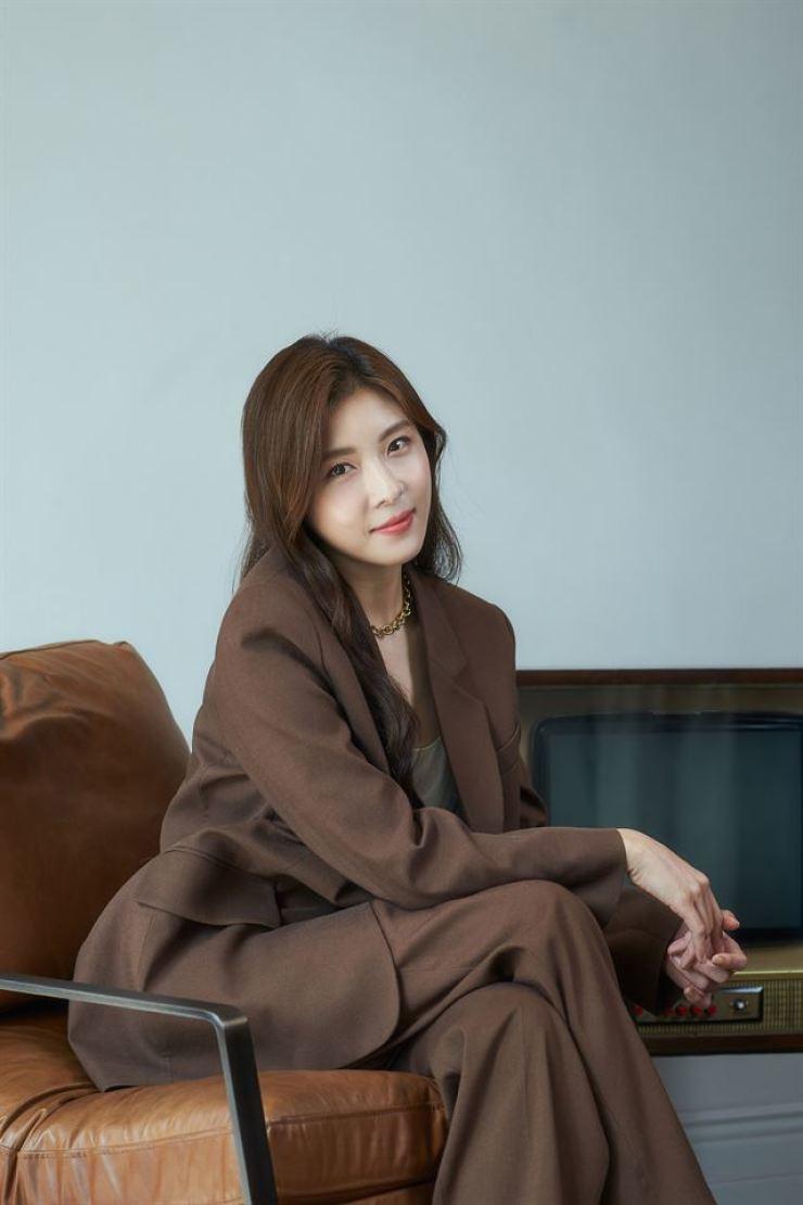 Actress Ha Ji-won poses at a cafe in Samcheong-dong, Seoul, Monday. / Courtesy of CJ Entertainment
