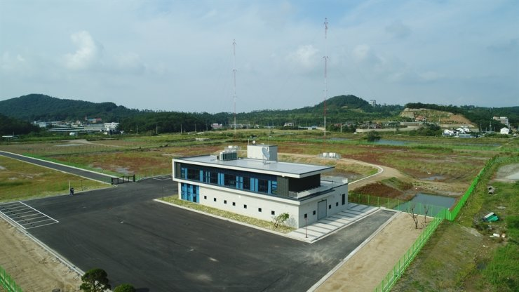 Far East Broadcasting Company Korea (FEBC-Korea)'s new transmitter site on Daebu Island, Ansan City, Gyeonggi Province Courtesy of FEBC-Korea