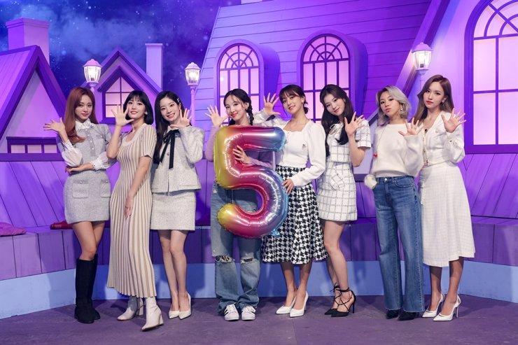 TWICE / Courtesy of JYP Entertainment
