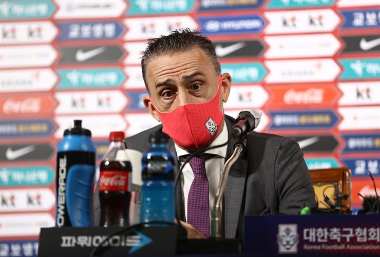 South Korea's national football head coach Paulo Bento speaks during press conference at the Korea Football Association Hall in central Seoul, Monday. / Yonhap