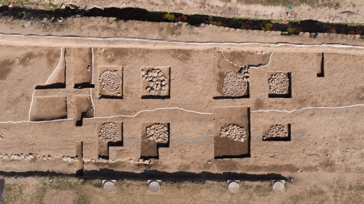 Part of the excavation of Wolseong Palace and the west rampart. / Courtesy of Cultural Heritage Administration