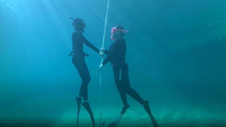 Scene from the film 'Dive in: Us at Last' / Courtesy of Korean Parallel Smartphone Film Festival