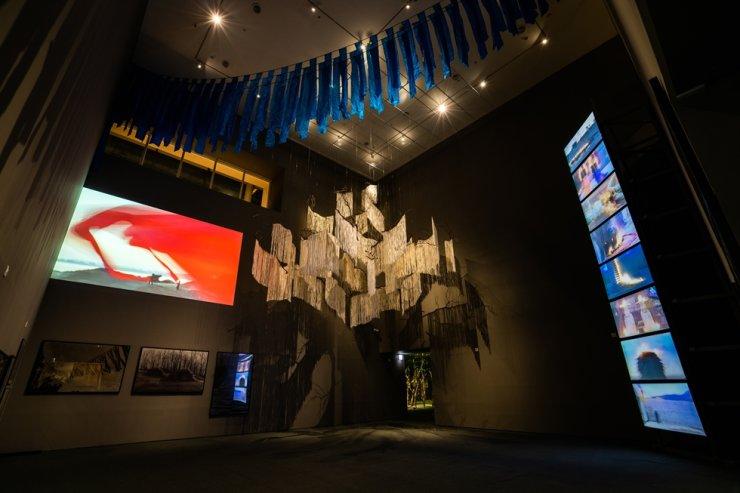 Installation view of 'Lee Seung Taek's Non-Art: The Inversive Act,' a retrospective of experimental artist Lee Seung-taek at the National Museum of Modern and Contemporary Art (MMCA), Seoul. Courtesy of MMCA
