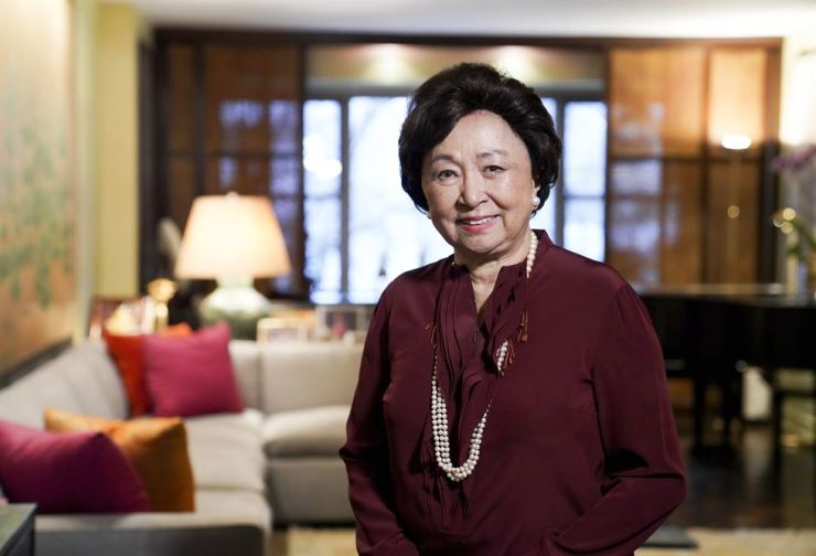 Shirley Young, a legendary business executive and long-time promoter of bilateral exchanges between the United States and China, died on Saturday at 85 at a hospital in New York, according to a release from Young's family on Monday. Xinhua-Yonhap