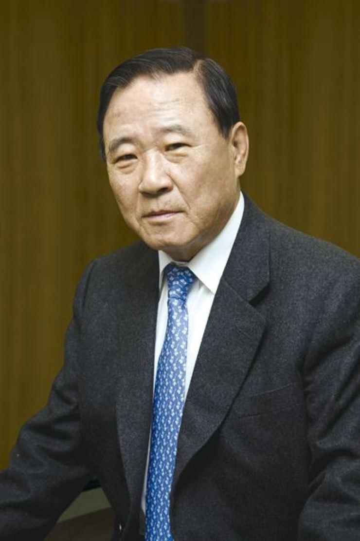 KCC Group founder Chung Sang-young
