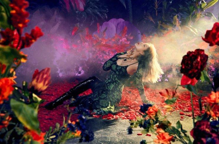 Singer Yubin released the single