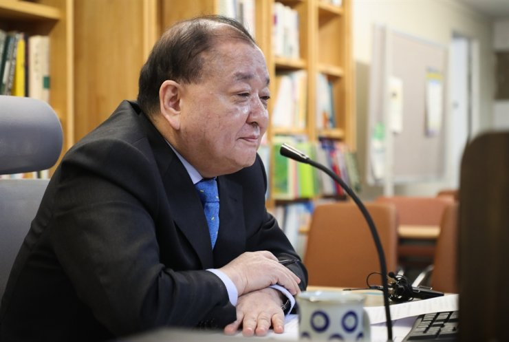 New Korean Ambassador to Japan Kang Chang-il speaks during an online press conference, Sunday. Yonhap