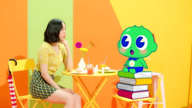 A scene from a music video for 'Be Yourself Shinbi x SINB song)' in a screen capture from YouTube