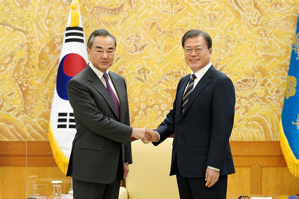 The escalating U.S.-China strategic competition is resulting in unprecedented diplomatic challenges for Korea. One of the most pressing questions it faces is whether to join the Quad plus. Gettyimagebanks