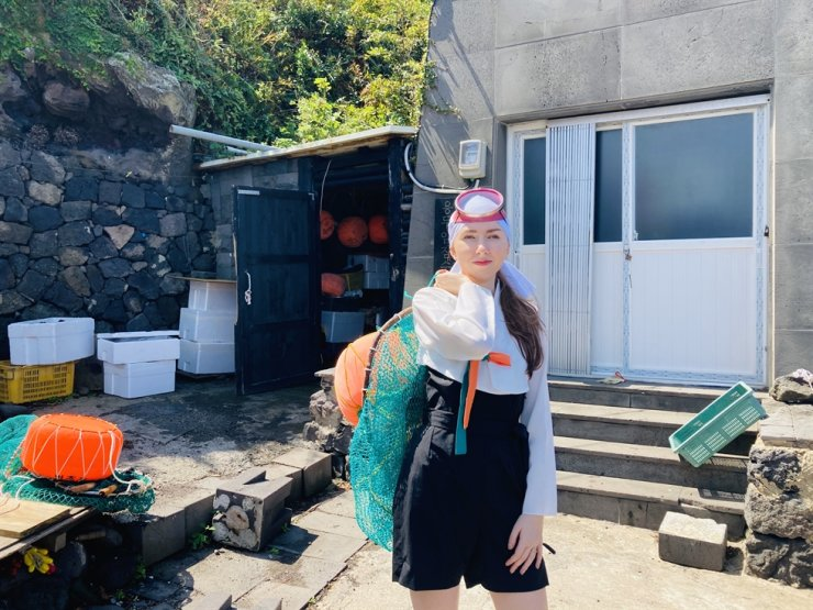 Oliwia In, author of Polish novel 'Koreanska Syrena,' or 'Korean mermaid' in English, about 'haenyeo,' or female divers, of Jeju Island / Courtesy of Oliwia In