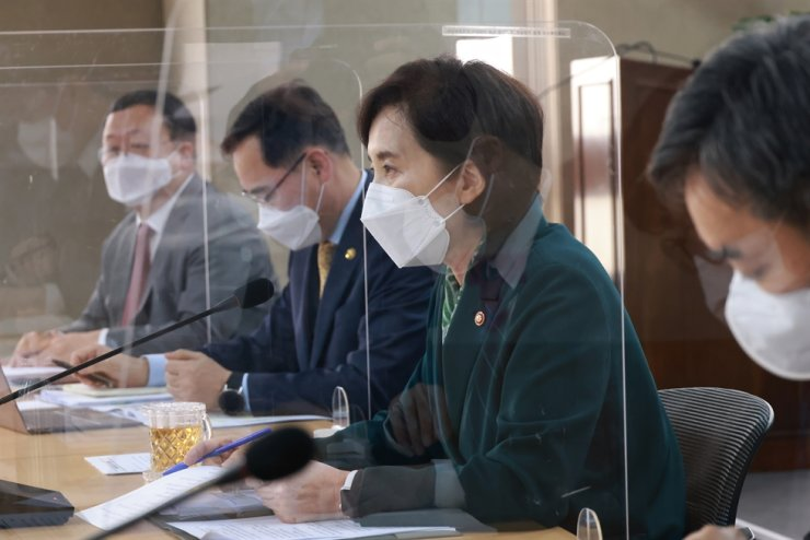 Education Minister Yoo Eun-hae, third from left, speaks during a press conference at Government Complex Sejong, Monday. Courtesy of Ministry of Education