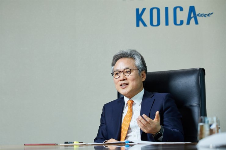 KOICA President Sohn Hyuk-sang speaks during an interview with The Korea Times in his office in Seongnam, Gyeonggi Province, March 22. Courtesy of KOICA