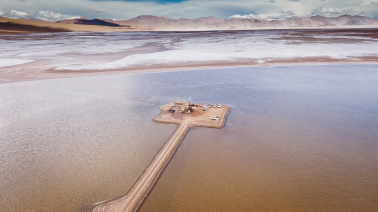 Hombre Muerto salt lake in Argentina / Courtesy of POSCO