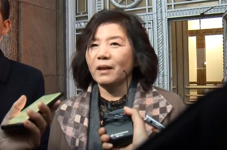 North Korea's  First Vice Foreign Minister Choe Son-hui speaks to reporters in Moscow after meeting with Russian Foreign Minister Sergei Lavrov, in this Nov. 20, 2019, file photo. Yonhap