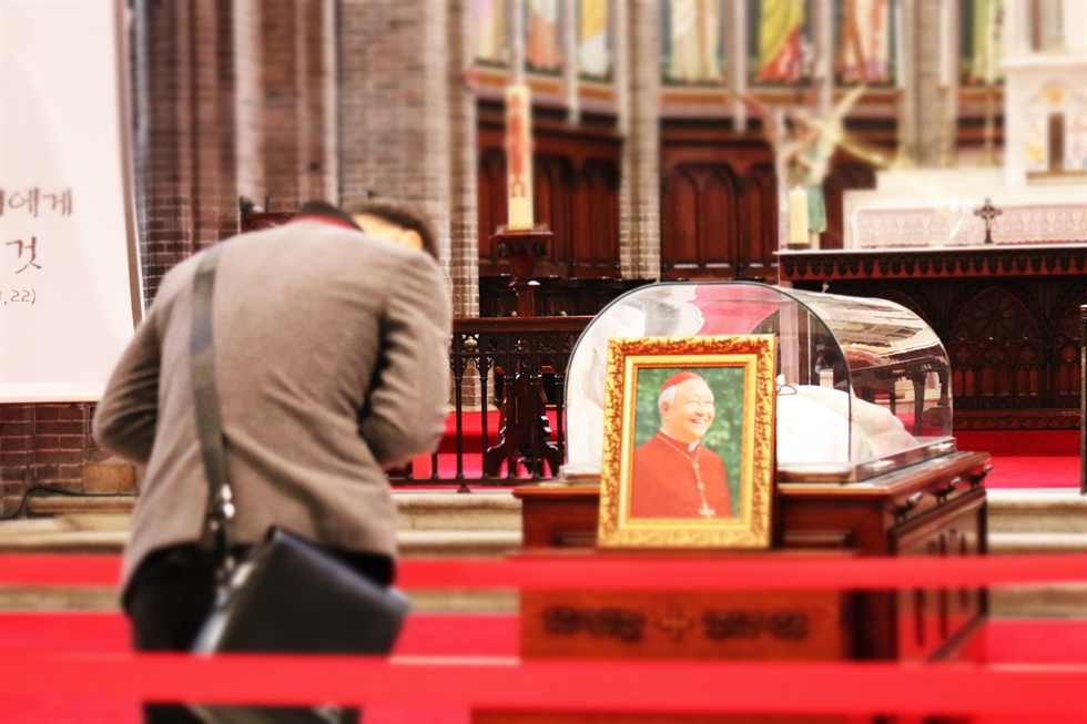 Cardinal Nicholas Cheong Jin-suk died on Tuesday at the age of 89. Korea Times file