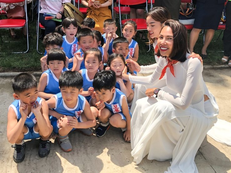 North Korean kids are seen during a celebration marking Children's Day in Taesongsan Park, Pyongyang, June 1, 2019. TASS-Yonhap