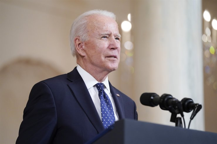 U.S. President Joe Biden speaks after former Minneapolis police Officer Derek Chauvin was convicted of murder and manslaughter in the death of George Floyd at the White House in Washington, April 20. AP-Yonhap