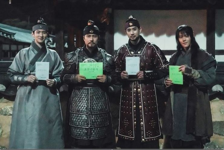 From left, Jang Dong-yoon, Kam Woo-sung, Park Sung-hoon and Kim Dong-jun, the lead actors of the SBS TV series,