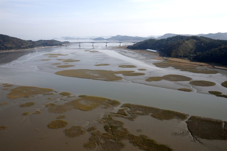 Tidal flats in Boseong County, South Jeolla Province, in this undated photo. Courtesy of the Cultural Heritage Administration