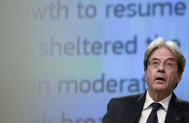 European Commissioner for Economy Paolo Gentiloni speaks during a media conference on the economic forecast for spring 2021 at EU headquarters in Brussels, Wednesday. AP-Yonhap