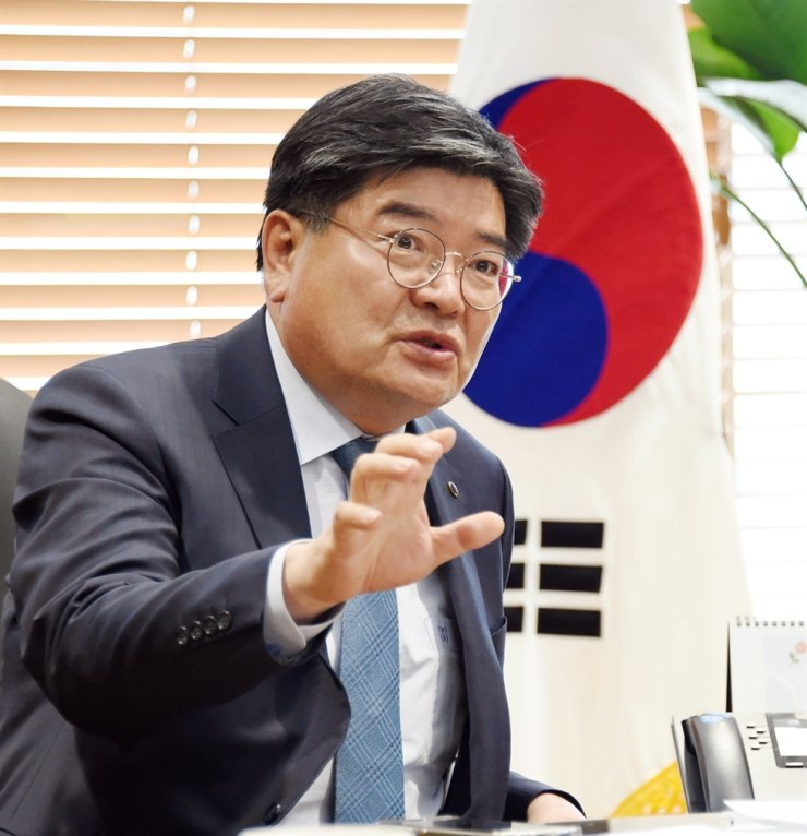 National Pension Service (NPS) Chairman and CEO Kim Yong-jin speaks during an interview with The Korea Times at his office in Jeonju, North Jeolla Province, May 6. Courtesy of NPS