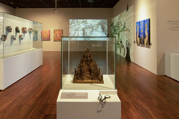 Installation view of 'ASEAN Animals: Depiction of Animals in ASEAN Arts & Cultures' exhibition at the ASEAN Culture House in Busan, highlighting how animals are portrayed in the Southeast Asian region / Courtesy of ASEAN Culture House