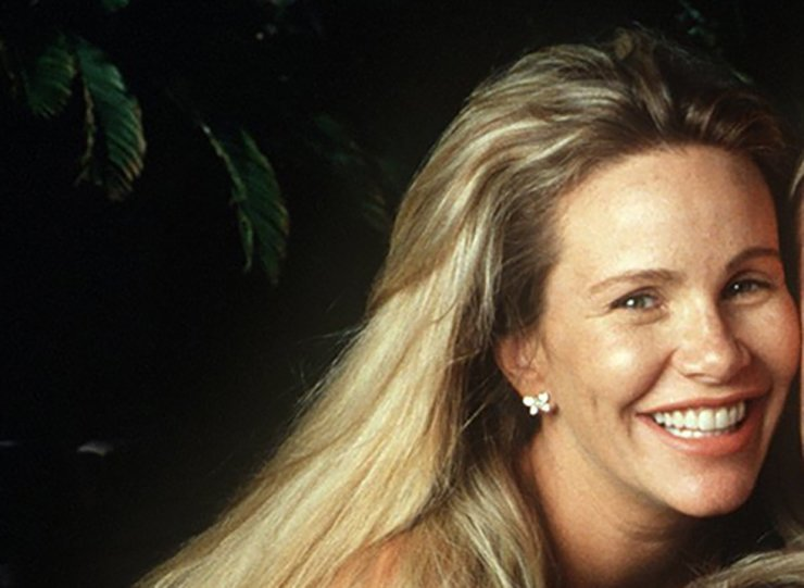 This May 28, 1998, file photo shows Tawny Kitaen. Kitaen, the sultry red-haired actress who appeared in rock music videos during the heyday of MTV, has died. She was 59. AP-Yonhap