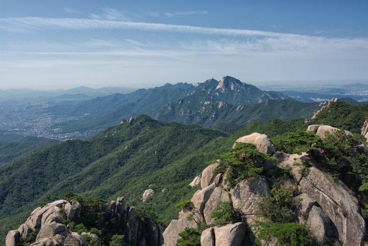 Mt. Bukhan / gettyimagesbank