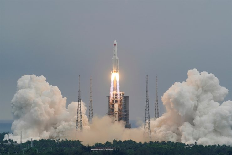 The Long March-5B Y2 rocket, carrying the core module of China's space station Tianhe, takes off from Wenchang Space Launch Center in Hainan province, China, April 29. Reuters-Yonhap