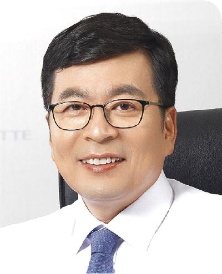 Lotte Confectionery CEO Min Myung-ki