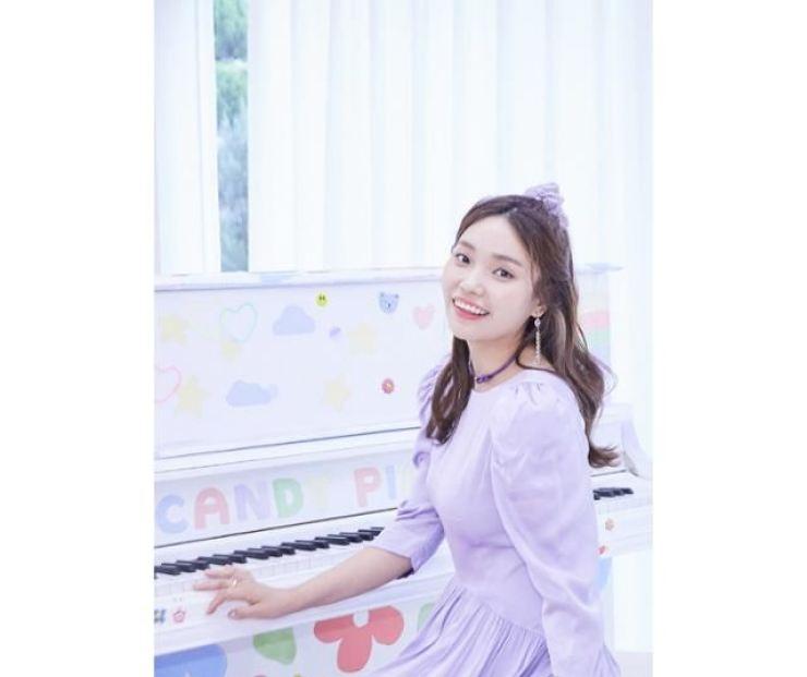 Singer-songwriter Lee Jin-ah / Courtesy of Antenna
