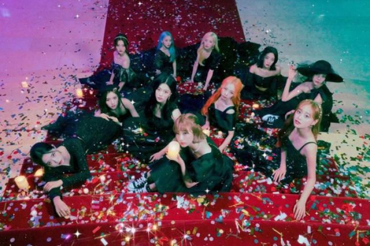 K-pop girl band LOONA / Courtesy of Blockberry Creative
