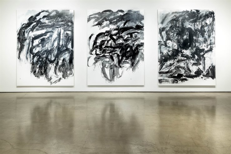 Installation view of the three pieces from Lee Kang so's 'From a River' series (1999) / Courtesy of Gallery Hyundai