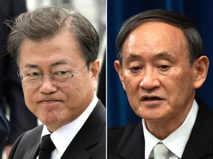 President Moon Jae-in and Japanese Prime Minister Yoshihide Suga / Yonhap