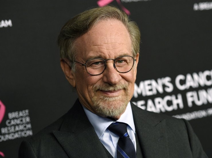Steven Spielberg has set a new deal with Netflix in which his production company, Amblin Partners, will make multiple feature films per year for the streaming giant. AP-Yonhap