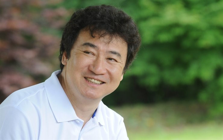 Author Kim Jin-myung / Korea Times file
