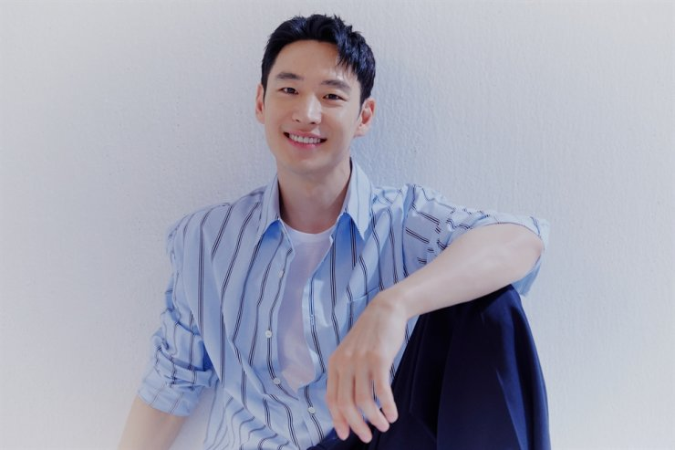 Actor Lee Jae-hoon recently starred in two series, 'Taxi Driver' and 'Move To Heaven.' Courtesy of PRJ