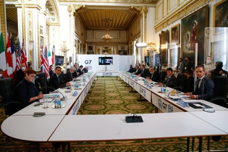 Ministers attend a plenary session of the G7 Foreign and Development Ministers Meeting at Lancaster House in London, Britain, May 5, the second day of the meeting. EPA-Yonhap