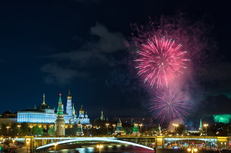 View of Kremlin with fireworks during blue hour in Moscow, Russia / gettyimagesbank