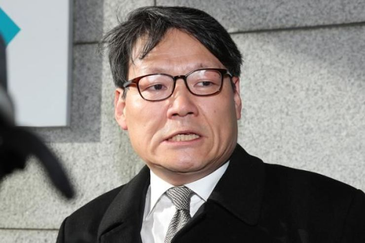 Lee Gwang-cheol. a presidential secretary for civil affairs and justice / Yonhap