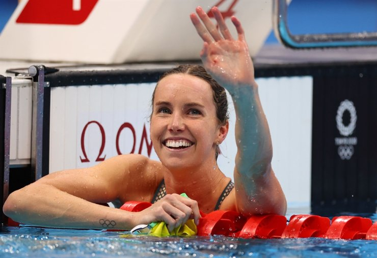Emma McKeon of Australia reacts after setting a new Olympic record to win the gold medal. Reuters-Yonhap