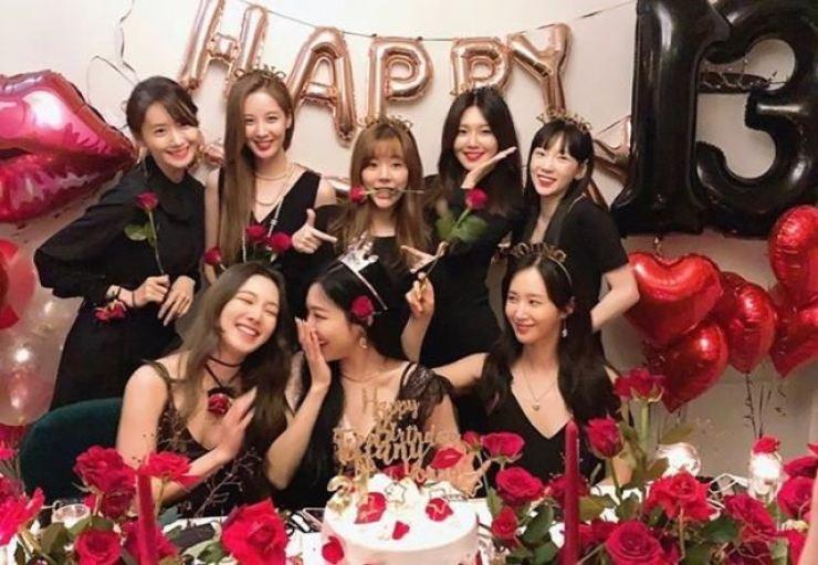 Members of K-pop girl group Girls' Generation / Capture from Yoona's Instagram