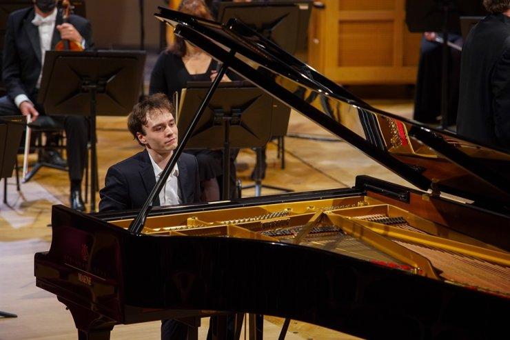 Pianist Jonathan Fournel / Courtesy of the Queen Elisabeth Competition_Derek Prager