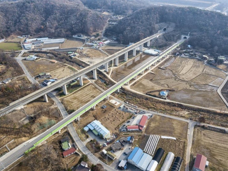 Railway test center in Osong, North Chungcheong Province, constructed by GS E&C / Courtesy of GS E&C