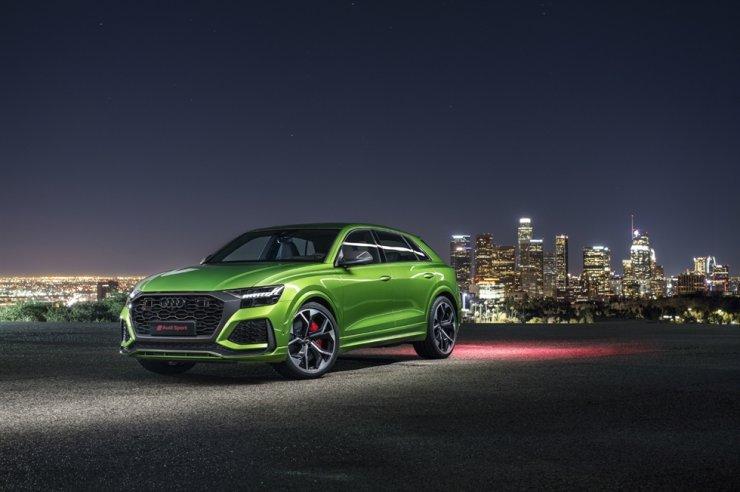 Zu sehen ist Audis RS Q8 SUV, ausgestattet mit Hankook Tire Reifen.  Mit freundlicher Genehmigung von Hankook Tire & Technology